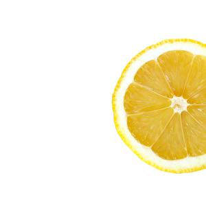 Olio essenziale di limone - Flower Tales: cosmetica naturale fai da te