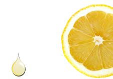 Olio essenziale di limone - Flower Tales cosmetica naturale fai da te.